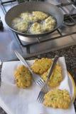 Жарить vegetable оладь оладьев Стоковые Изображения RF