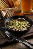 Жаркое с грибами, соус чеснока Стоковое Фото