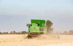 Жатка зернокомбайна в Шлезвиг-Гольштейне стоковые фото