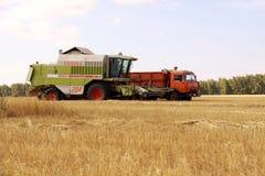 Жатка зернокомбайна Стоковые Изображения