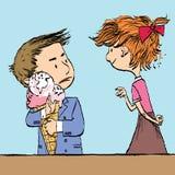 Жадный мальчик с большим конусом мороженого и девушка Стоковые Фото