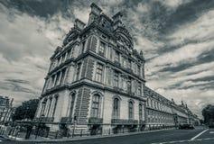 Жалюзи Париж от дороги стоковая фотография rf