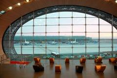 ждать комнаты людей авиапорта Стоковое Изображение RF