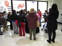 Ждать магазин для того чтобы раскрыть Стоковые Фотографии RF