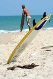 ждать surfboard Стоковые Фото