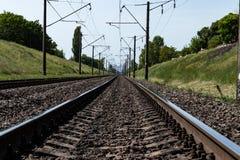 Железная дорога в сельской местности стоковое фото rf