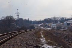 Железная дорога в хмурой погоде зимы Стоковое Фото