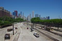 Железная дорога и небоскребы Чикаго стоковое изображение rf