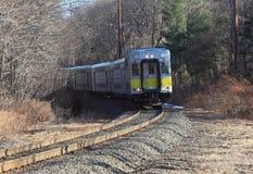 железная дорога регулярного пассажира пригородных поездов Стоковые Фотографии RF