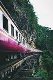 Железная дорога смерти в Kanchanaburi Таиланде стоковое изображение