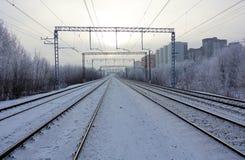 Железнодорожные пути в пейзаже область России зимы, Москвы стоковое изображение rf
