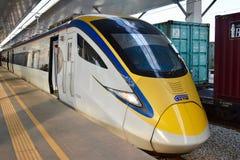 Железнодорожные услуги поезда ETS междугородные в Малайзии Стоковая Фотография RF