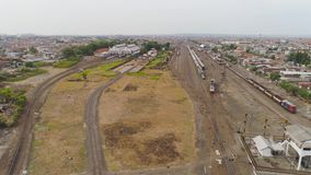 Железнодорожный вокзал в Сурабая Индонезии сток-видео