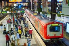 Железнодорожный вокзал Германия Гамбурга центральный стоковая фотография rf