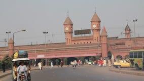 Железнодорожный вокзал Лахора сток-видео