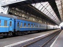 железнодорожный вокзал стоковые изображения