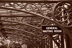 железнодорожный ждать сбора винограда комнаты Стоковые Изображения RF
