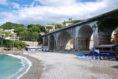 Железнодорожный мост на Zoagli Стоковые Изображения