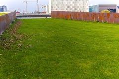 Железный ржавый коридор в парке Spreebogen стоковое фото rf