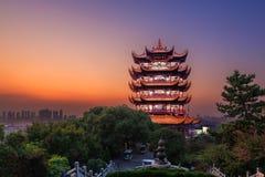 Желтая башня крана в Ухань, Китае Стоковая Фотография RF