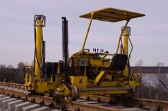 Желтый настелинный крышу корабль обслуживания стоковая фотография rf