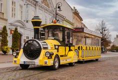 Желтый поезд Стоковые Фотографии RF