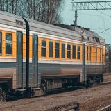 Желтый тепловозный поезд Стоковые Изображения RF