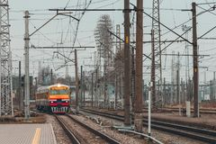 Желтый тепловозный поезд Стоковое Изображение
