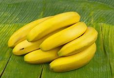 желтый цвет банана вкусный свежий здоровый Стоковое фото RF