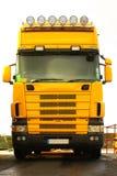 желтый цвет грузовика Стоковое Фото
