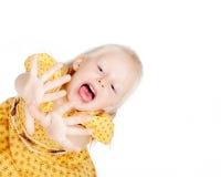 желтый цвет девушки платья Стоковая Фотография RF