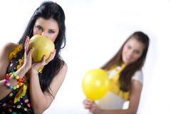 желтый цвет девушки плодоовощ воздушного шара славный Стоковые Фотографии RF
