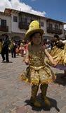 желтый цвет девушки Стоковые Изображения RF