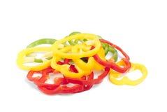 желтый цвет зеленого перца отрезанный красным цветом Стоковые Фотографии RF