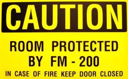 желтый цвет знака предосторежения Стоковое Фото