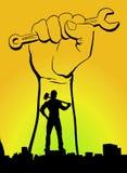 Желтый цвет праздника Первого Мая дня поденной работы работников мира с салатовым человеком предпосылки с молотком стоковая фотография