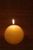 желтый цвет свечки Стоковые Фото
