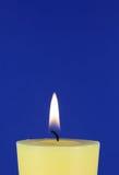 желтый цвет свечки Стоковое Изображение RF