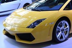 желтый цвет спорта lamborghini автомобиля передний Стоковое Изображение RF