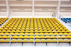желтый цвет стула Стоковая Фотография RF