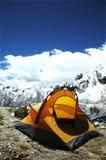 желтый цвет шатра горы Стоковые Изображения