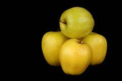 желтый цвет яблок Стоковое Изображение