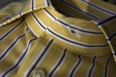 желтый цвет neckline Стоковое Изображение RF