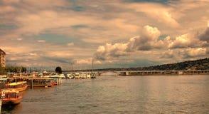 Женева, Швейцария - 12-ое июля 2014 Взгляд от прогулки  Стоковое Изображение RF