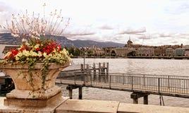 Женева, Швейцария - 12-ое июля 2014 Взгляды портового района Ge озера Стоковые Фото