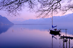Женевское озеро на сумраке Стоковые Изображения