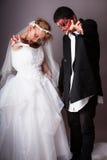 Жених и невеста зомби дня свадьбы Стоковая Фотография