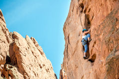 Женская женщина альпиниста Стоковые Изображения