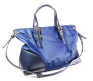 Женская сумка на белой предпосылке Стоковое Фото