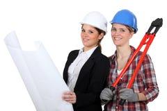 Женские архитектор и строитель Стоковые Изображения RF